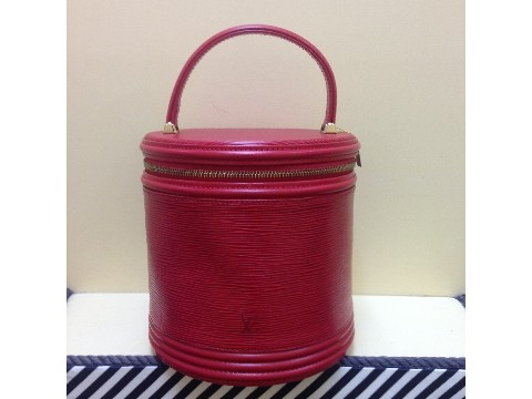 LOUIS VUITTON Red Epi Leather Handbag